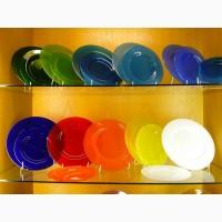 Цветная посуда для ресторана