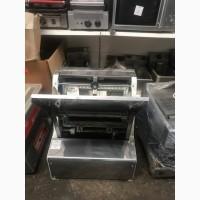 Продам б/у промышленную хлеборезку Sinmag SM-302