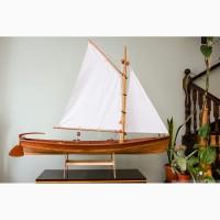 Стендовая модель деревянной лодки Whitehall