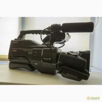 Профессиональная видеокамера Sony HXR-MC2000