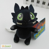 Плюшевый дракончик из популярного мультфильма