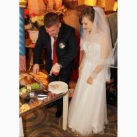 Продам свадебное платье и свадебную шубу