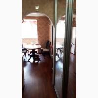 Купите! 2-х комнатная квартира с ремонтом и мебелью на Старицкого