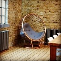 Напольное кресло яйцо из металла