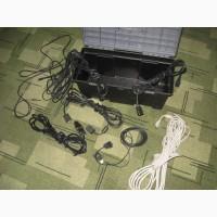Бокс звукооператора или ди-джея с запасными кабелями
