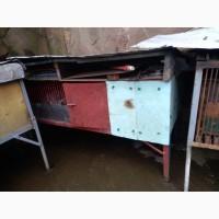 Срочно! продам 3 металлические утепленные клетки для кроликов. б/у