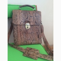 Продам сумку органайзер для документов (унисекс) ручной работы с кожи африканского питона