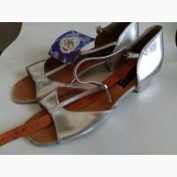 Танцевальная обувь для девочки для бальных танцев