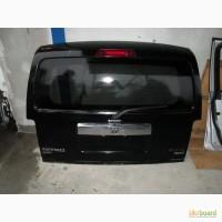 Dodge Nitro стекло крышки багажника