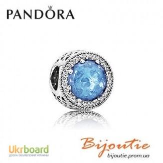 Шарм PANDORA голубые сердца 791725NBS