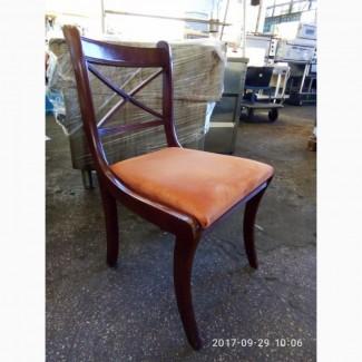 Продам стулья б/у для кафе и ресторанов деревянных с мягкой сидушкой