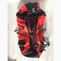 Рюкзак походный Quechua Forclaz 40 Air 2013 Backpack (Red) (036)