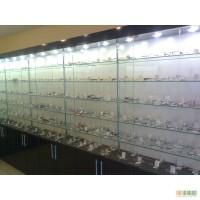 Торговое оборудование, стеклянные витрины, прилавки и стеллажи, Одесса.