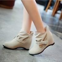 Продам НОВЫЕ ботинки демисезонные женские (весна, осень) 24, 5 см