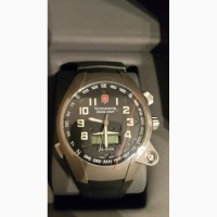 Продам Швейцарские часы Victorinox Swiss Army, оригинал