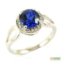 Серебряное кольцо с сапфиром 2,00 карат и цирконами. НОВОЕ (Код: 00121)