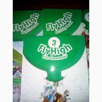 Продам комплект учебников по английскому языку Fly High 3
