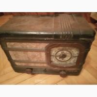 Продам радиоприемник старый