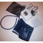 Тонометр плечевой автоматический ArmStyle(Питание от батарей или сети)