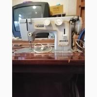 Продам швейную машину Чайка 3 в отличном состоянии