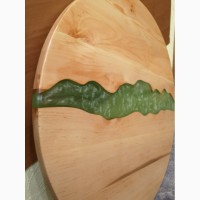 Столешница из массива ольхи с использованием эпоксидной смолы
