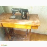 Продам швейную машинку ножную Лучник