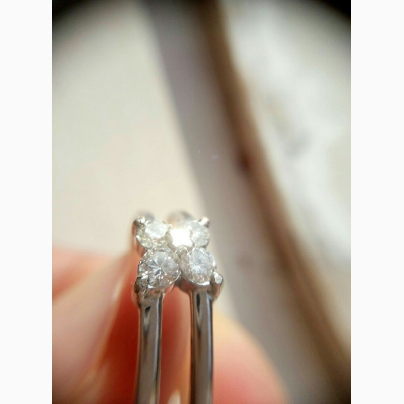 Кольцо с бриллиантами 0. 42 карата