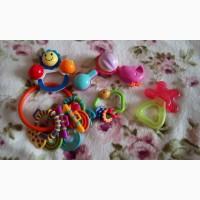Набор игрушек (прорезыватель, погремушки)