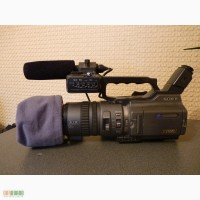 Продам профессиональную видеокамеру Sony DSR-PD150P