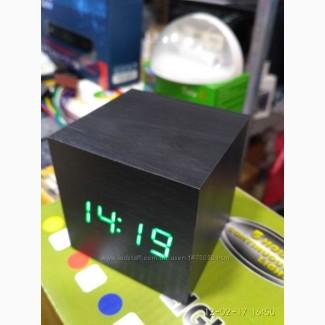Настольные часы из дерева Куб Часы - будильник ДЕРЕВЯННЫЙ КУБ с термометром Подбор
