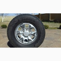 Toyota Hilux Комплект диски и резина 4 шт 05-15 R16 245/70 R16 Blizzak