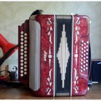 Продам аккордеон made in USSR