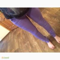 Продаю фиолетовые джинсы