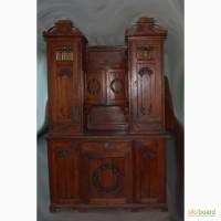 Антикварний шкаф