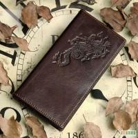 Продается стильное удобное мужское кожаное портмоне с тиснением Dragon