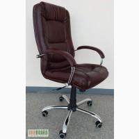 Компьютерное кресло с механизмом качания