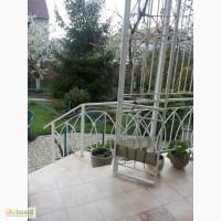 Продаю дом с. Фонтанка с ландшафтным дизайном и отличной инфраструктурой