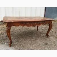 Антикварный столик в стиле Прованс