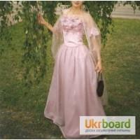Розовое роскошное платье на выпускной