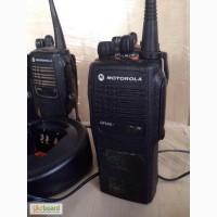 Носимая радиостанция Motorola GP340