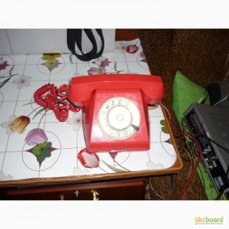 Телефон домашний с дисковым набирателем