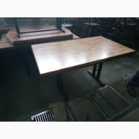 Бу стол деревянный на металлической опоре для кафе ресторана