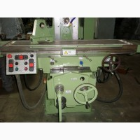Продам широко-универсальный фрезерный станок 6Т83Ш-29