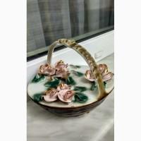 Продам фарфоровые корзинки с цветами, производство Румыния