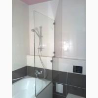 Стекло для ванной в качестве ограждения душевого пространства