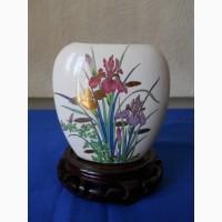 Миниатюрная вазочка для цветов