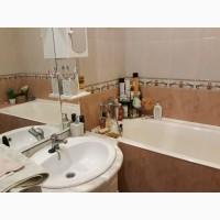 Итальянская чугунная ванна 70х170, б/у, в хорошем состоянии. Ножки чугунные, регулируемые
