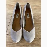 Продам туфли CLARKS размер 37