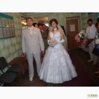 Продам шикарное свадебное платье недорого