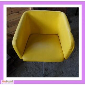 Бу кресла из кожзаменителя. Бу кресла для кафе
